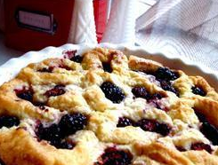 Blackberry and apple cobbler